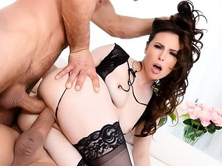 Casey Calvert & Ramon Nomar in Squirting Casey: Double-Anal Threesome - EvilAngel