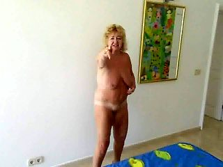 Goldenpussy: Cum in my pussy 4you to see
