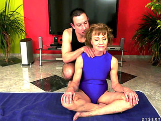 Anal Sex With Hairy Ganny After Yoga