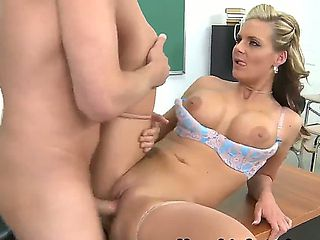 Phoenix was bad girl this schoolyear and her teacher Mark Wood wants to call her parents at schoo...