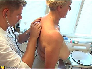 Naughty blonde mature slut gets her twat rammed by her doctor
