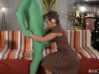 stepmother's fantasy of sex with an alien