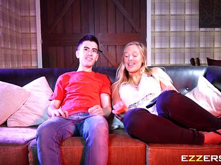 Rebecca Volpetti In Sister Doesnt Mind Sharing