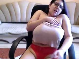 Big TIts Make Me Smile.mp4