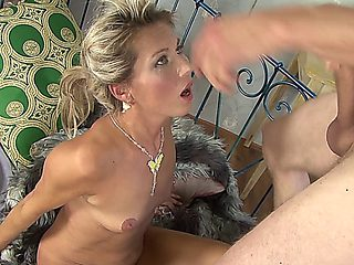 French Milf Mature Patronne Sylvie  And William Le Brist