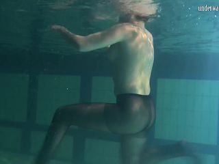 Hot underwater striptease session featuring sexy bint Bulava