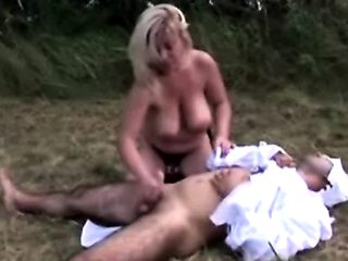 Stud gets asshole filled by strapon outdoors