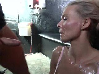 blonde mature likes cum