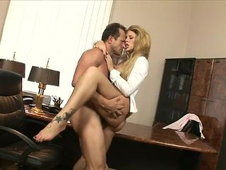 Slutty secretary Brooklyn Lee fucking in the office