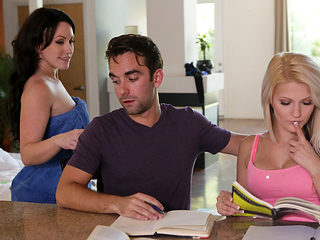 Hope Harper & Jennifer White in Cock Hungry Stepmom - MomsTeachSex