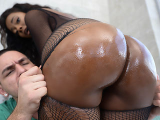 Peyton Sweet & Peter Green in Sweet Ass Candy - Brazzers
