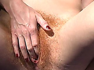 Annie Body Crazy Squirter