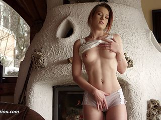 Gorgeous Anna is once again masturbating in the old cottage