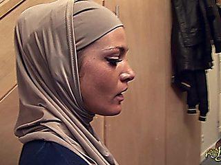Fiche Arab Girl