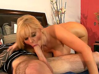 Experienced seductive mature blonde milf Karen Fisher with big juicy ass and massive hanging hoot...