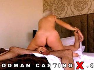 Vídeos Pornográficos HD de Arteya casting anal