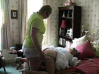 Made Hubby be My Maid