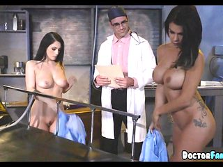 Crazy Doctor does Pussy Experiments