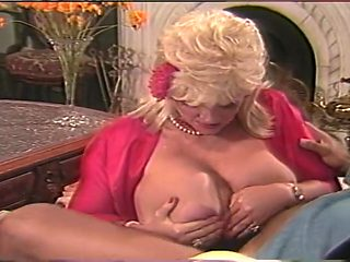 Candy Samples Does An Awesome Boob Fuck