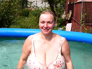 Russian Lady With Big Tits