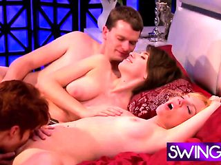 Swingers enjoy having group action in reality show