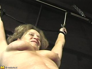 Nothing pleases this granny like the kinky adventures with her man