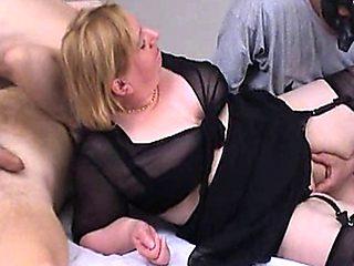 58 Annie - Videos 677
