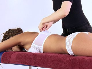 It's time to give the sexy Marusya a massage that she always wanted