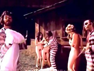 Classic Scenes - Barbara Bourbon FMM