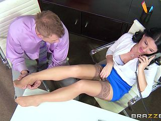 hot casey shows pussy to horny colleague
