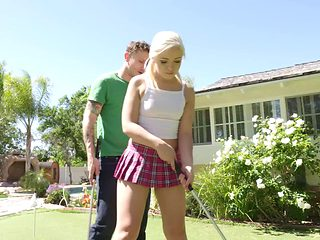 Sweet looking teen with bleach blonde hair fucking in the backyard