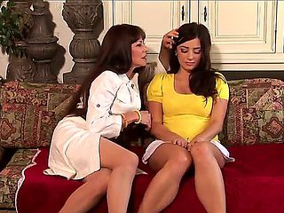 The seducing Alexandra Silk likes this shy bimbo Taylor Vixen sitting next to her so much that wh...