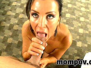 Hawt mother I'd like to fuck Cougar mamma casting porn pov