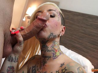 Tattooed blonde with lots of experienced has an anal adventure