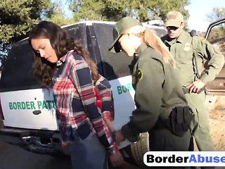 Threesome border outdoor fucking sucking big dick