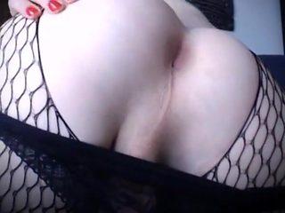 Juicy ass slut