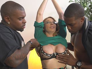Interracial DP threesome with stunning MILF