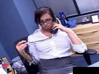 Nerdy secretary tasting the dicks in the double penetration adventure