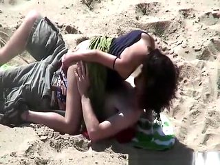 Couple fucking different positions in beach