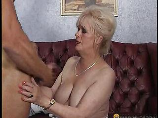 Mature aunt suck dick guys