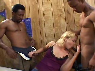White Bread Amateur in First Interracial