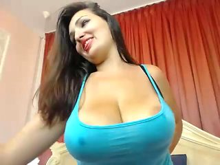 Curvy lactating babe