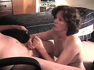 Adult lady fucks with guy on viagra