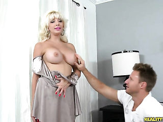 Blonde with huge boobs and hairless cunt has a good time dildoing her muff pie