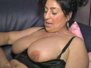 Old German Mature Mama Biggi Persuaded For Sex