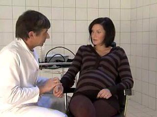 schwangere deutsche beim doktor sex