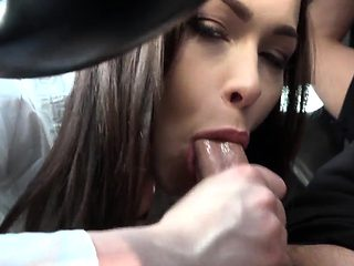 Teen stepsis sucks in car