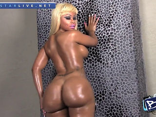 Blac Chyna - The Biggest Twerking