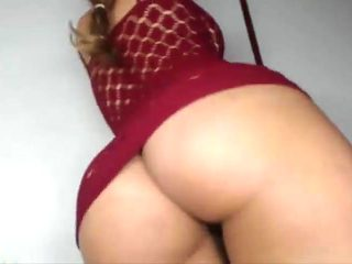 Brazilian with monster ass twerking