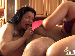 Groupsex and swinger action 2
